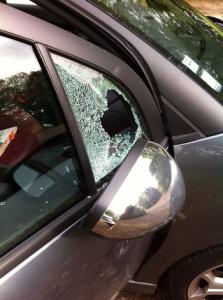 voiture fracturée